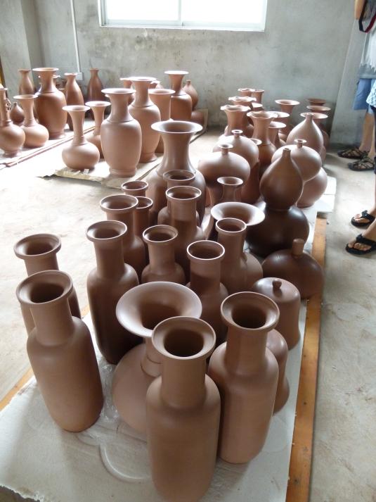 QinZhou NiXing Pottery Factory